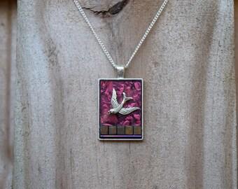Beautiful fuschia Van Gogh glass pendant with bird charm.