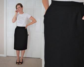 "Vintage black wool pencil skirt / Black skirt 30"" waist / Evan-Picone midi pencil skirt with pockets / Modest length skirt / Business skirt"