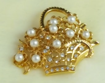 Vintage Napier Basket With Pearls Broach Pin