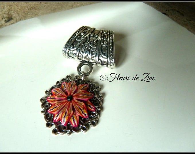 Jewel of scarf flowery metal and polymer, pink orange