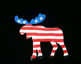 Patriotic Moose brooch