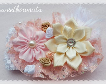 Handmade flowers headband for your baby girl! Beige, Pink.