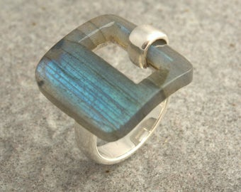 Sterling silver ring and labradorite