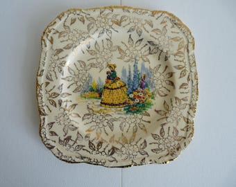 Set of 6 Vintage bread and butter or cake plates