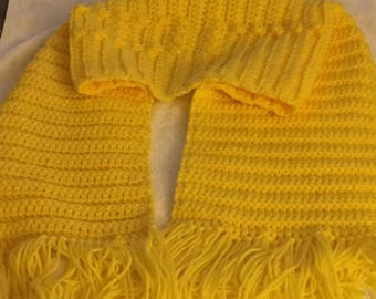 Bright Yellow Color Scurf