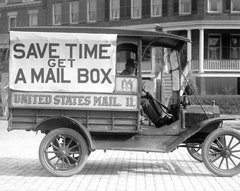 "1916 Post Office Mail Wagon Vintage Photograph 13"" x 19"""