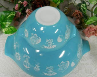 PYREX 1958 Turquoise Bowls #441 and #444 Hot Air Balloon Turquoise Bowls for Chip and Dip/No Bracket