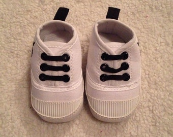 Baby soft soled crib shoes 0-6months