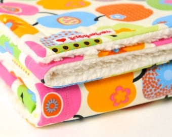 "Baby blanket, ""retro apples"", multi colored, blankie, with baby on the way, cotton blanket,"