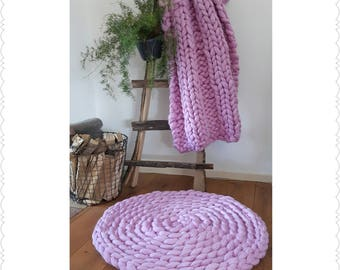 Baby Pink plaid with matching rug