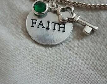 Faith' pendant