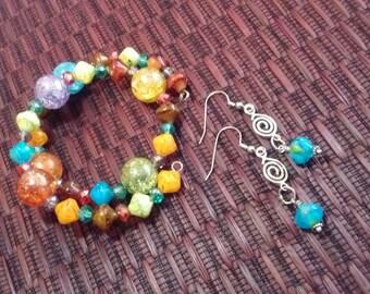 Whimsical memory wire bracelet & earrings.