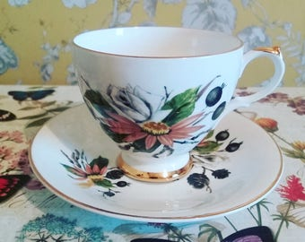 Dorchester tea cup, vintage tea cup, bone china, autumnal design, China tea cup and saucer