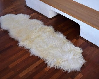 Naturasan Icelandic Sheepskin Lambskin Rug, Double Skin (made From Two  Skins), Silky