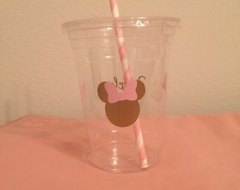 Minnie Mouse Customizable Plastic Cups with Lids and Coordinating Straws