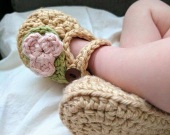 Baby Girl Crochet Mary Jane Slippers with Flower and Strap, Wooden Button Closure