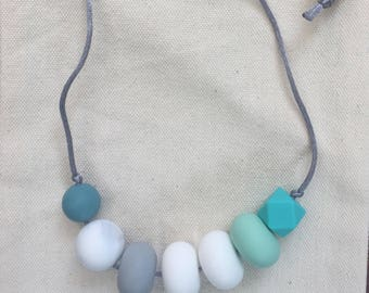 Sale 25% Off ••• silicone nursing necklace / Teething necklace