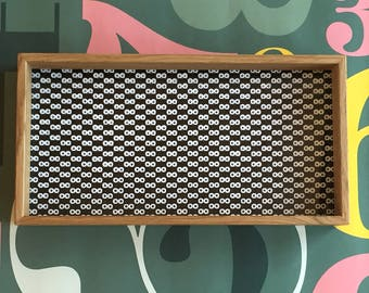Medium tray made of oak with black and white pattern