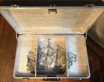Treasure Island - Suitcase Table