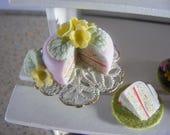 1/12 Scale Primrose Sponge Cake