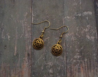 Gold Round Celtic Knot Earrings