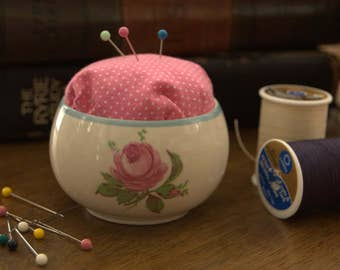 Blue-trimmed Rose Bowl Pin Cushion