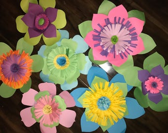 7 Pc Green Paper flowers