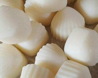 SALE, 15 Lemongrass & Ginger Scented wax melts, shell shaped melts, soy wax melts, soy wax tarts, birthday gift, home fragrance