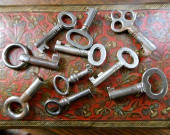 Antique Keys - Skeleton Keys - Miniatures