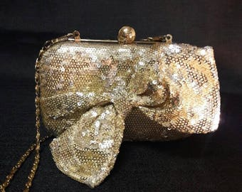 Vintage gold sequined clutch with removable chain and accent bow