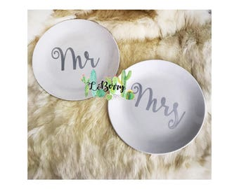 Custom Wedding Plates -- Wedding Cake Plates -- wedding reception -- wedding keepsakes