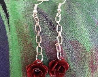 Whimsical flower dangle earrings.