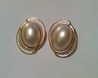 Vintage Gold Coloured Metal With Faux Pearl Clip On Earrings