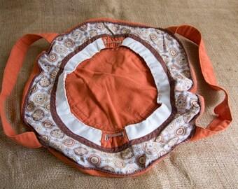 Vintage 1970's Cloth Casserole Carrier