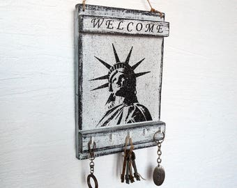 key holder for wall, The Statue of Liberty wall decor, key holder for wall welcome, key holder
