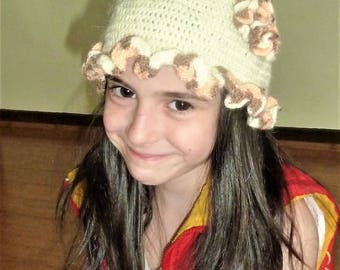 Hand knitted hat for girl