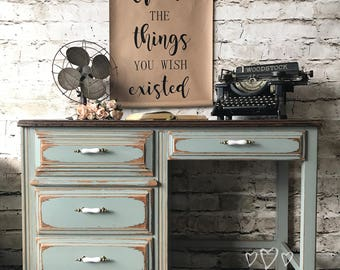 Vintage desk / vanity