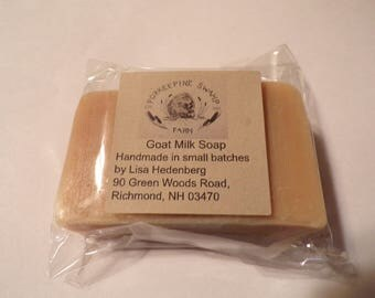 Honey and Sweet Almond - Honey - Almond - Goat Milk Soap - Natural Skin care - Homemade - Handcrafted - Great gifts