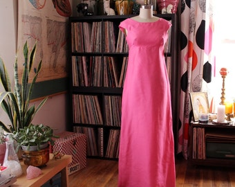 pink 1960s dress . formal dress with high empire waist and bows in back . floor length maxi dress, womens xs small. formal dress wedding