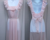 Vintage Pale Pink Nylon Nightgown w/ crystal pleat ruffles in 70s does 40s style / size Sml ~ 34