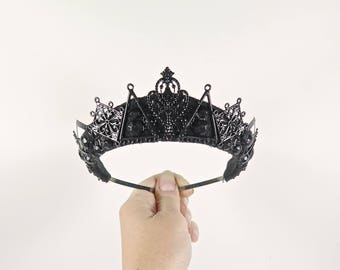 Black Triangle Filigree Tiara - by Loschy Designs