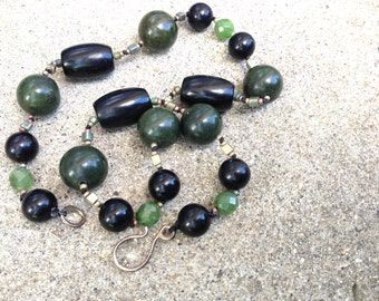 jade and onyx necklace, green and black necklace