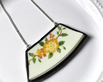 Wide Rim Broken China Jewelry Necklace  - Green and Yellow