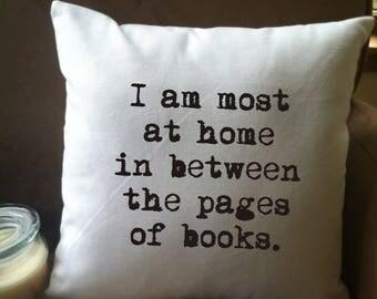 book lover's pillow /  decorative throw pillow cover// book lover's gift/ book nook pillow/ library pillow/
