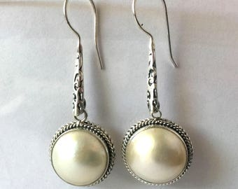 Cream White Mabe pearl sterling silver earring AE51