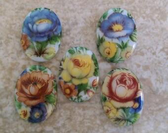 DESTASH 5 x Vintage Glass Floral Limoge Cabochons