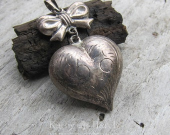 Vintage Heart and Bow Charm || Valentine's Day | Etched Sterling Heart Charm | Sterling Silver Heart Jewelry | Vintage Pendant Under 40