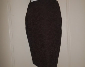 SALE 80s St John Skirt Pencil Skirt - Vintage 80s   size 6          made in USA