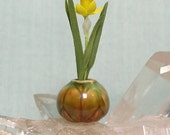 Dollhouse Miniature Carved Porcelain Vase with Single Daffodil in one inch scale for your Dolls House