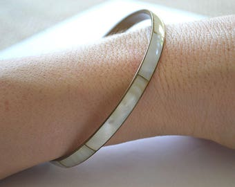 Mother of Pearl Bangle, Vintage Bangle, White Shell Bangle, 1970's Bracelet, MOP Bangle, Slim Bangle